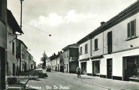 Via Depretis all'altezza della storica ditta Gabba a Bressana Bottarone